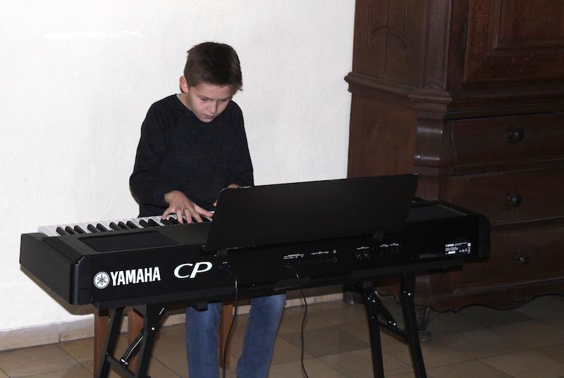 Exzellente Klavierklänge im Foyer