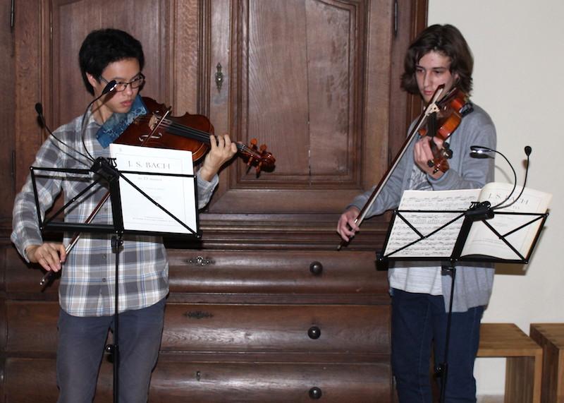 """""""Musik liegt in der Luft"""" im Foyer"""